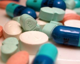 omeopatia-salute-farmaci-automedicazione-bollino-sorridente-10-anni